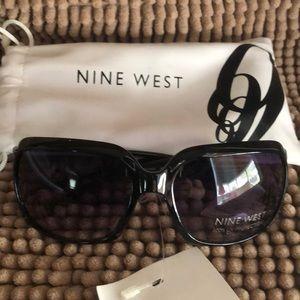 🔥$10🔥 Nine West sunglasses NWT